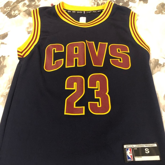 release date: 2d261 74210 Lebron James cavs jersey classic like new! Small